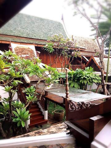Maha Pirom House - Bangkok - Ház