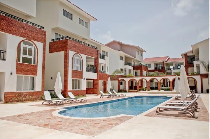 Cómodo apartamento + piscina + cerca de la playa