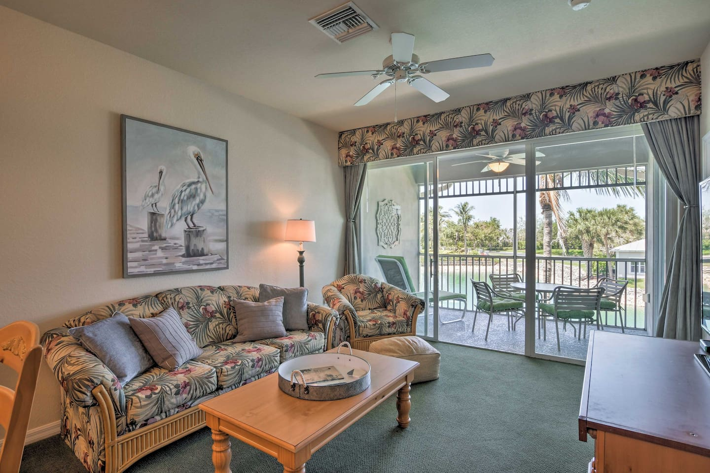 The condo boasts 1,540 square feet of clean, comfortable living space.