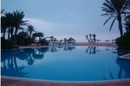 piscine, plage et farniente - Mohammedia - Daire