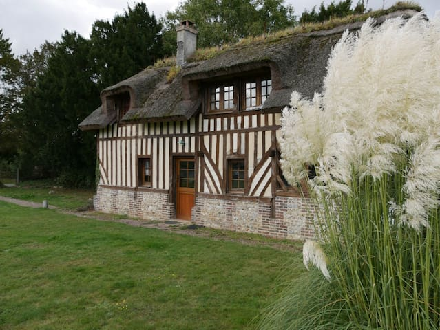 Maison normande typique dans le Calvados (6 p)