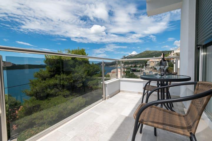 Modern Studio with Sea View 3 @ Villa Lajna