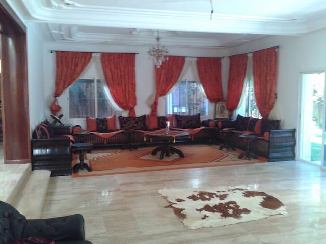 Villa de 465 m2 à Safi