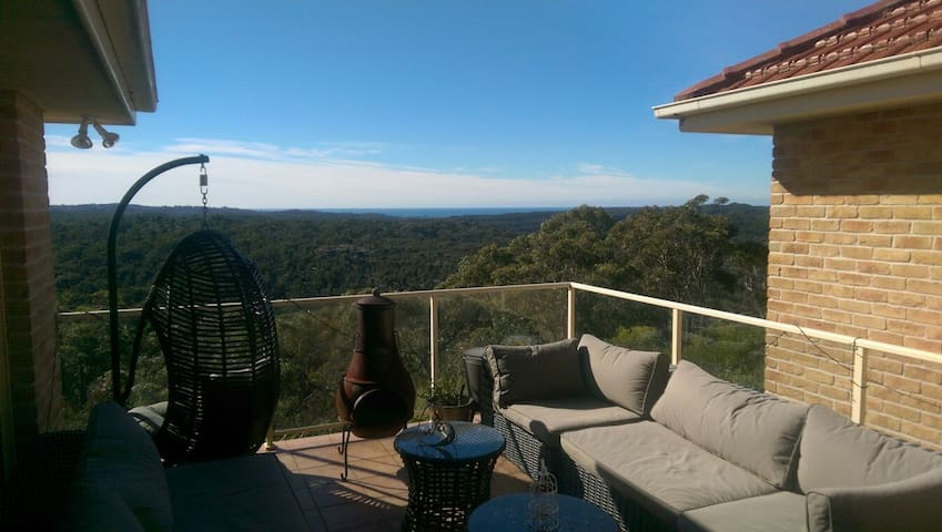 Peaceful, Modern, Northern Beaches,