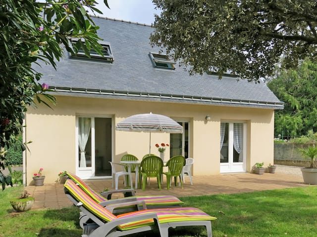 Detached house in Sarzeau for 6 persons