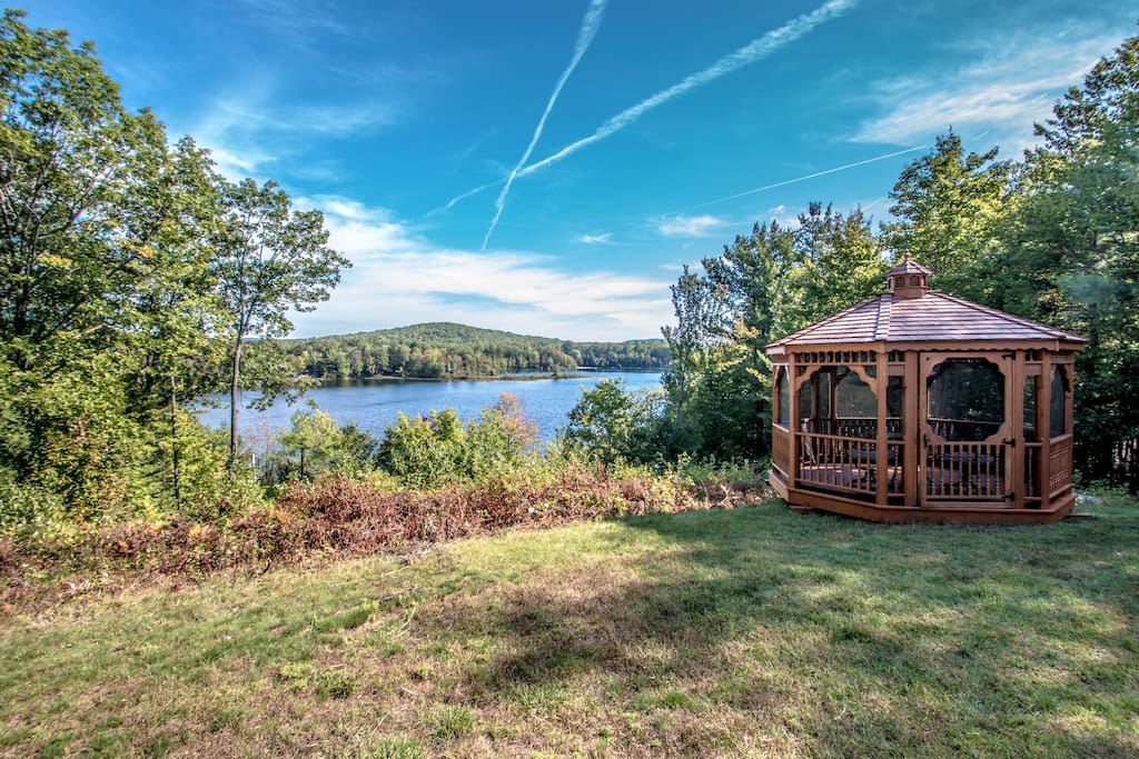 Incredible Front Yard Views of Lake & Local Mnts/Pleasant Mnt