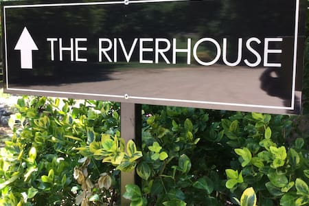 The Riverhouse Porepunkah/Bright - Porepunkah - Hus