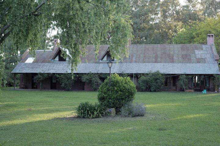 Casa de campo en una estancia única en Chascomús