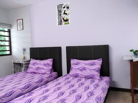 Kenway Comfort Guesthouse: Lavender