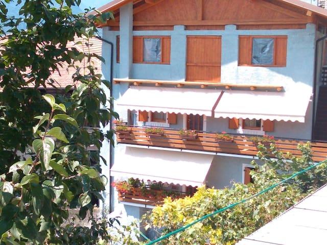 Casa Michele, tranquillità tra montagne e collina