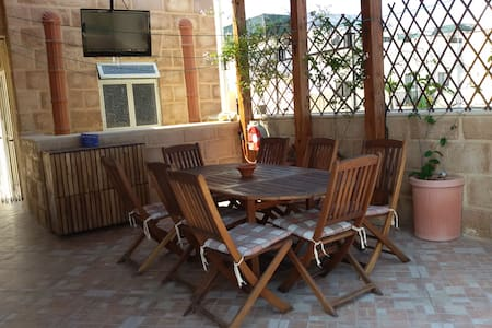 Luxury Apartment Just (2 min) Away From The Sea! - Birżebbuġa - Huoneisto