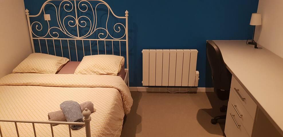 Chambre cosy à deux pas  du Parc Barbieux, EDHEC