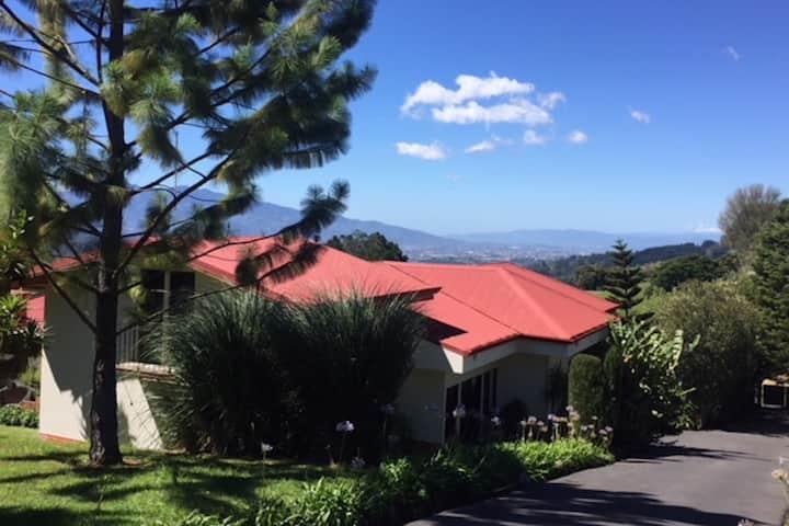 Beautiful Mountain Home - Amazing View of San Jose