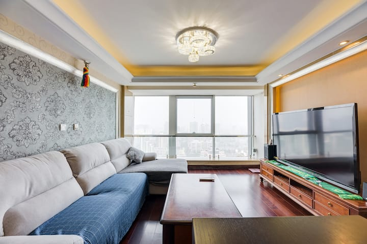 三里屯永利国际·120平40层复式公寓/2号线地铁旁/工体/国贸/王府井