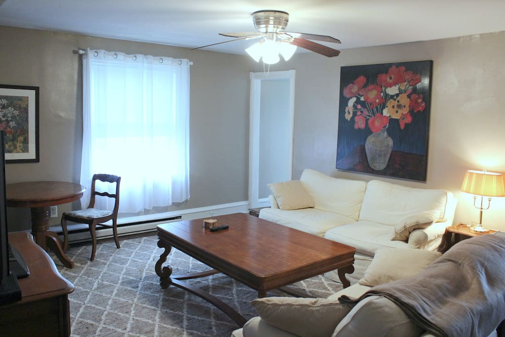 Spacious Skyline Suite Apartments For Rent In Wilmington Delaware United States