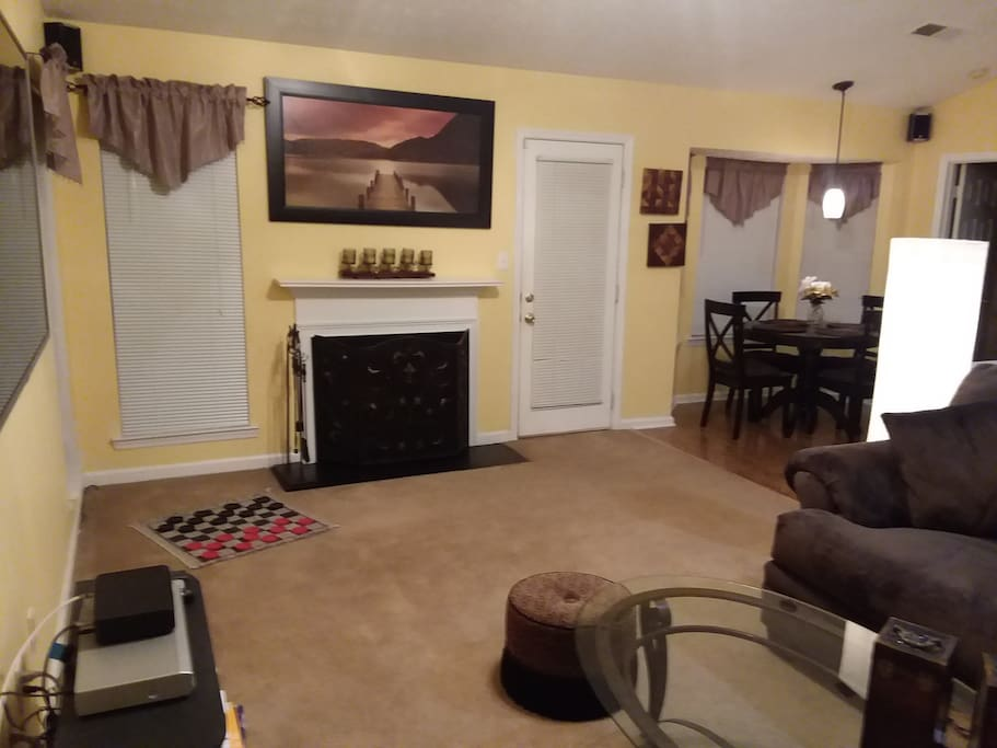 Spacious family/game room!