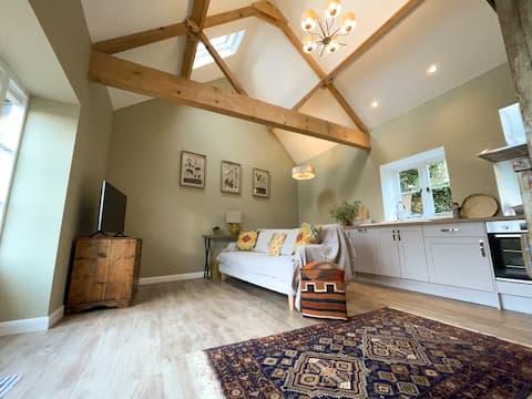 Fern at Church Farm Retreats - Luxury Country Stay