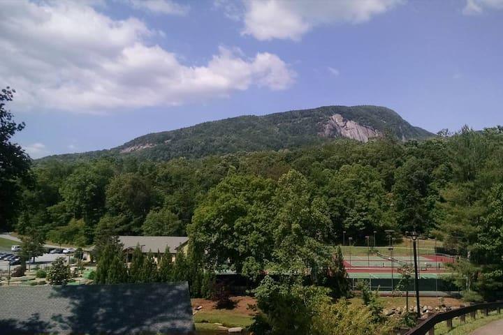Resort's Tennis courts