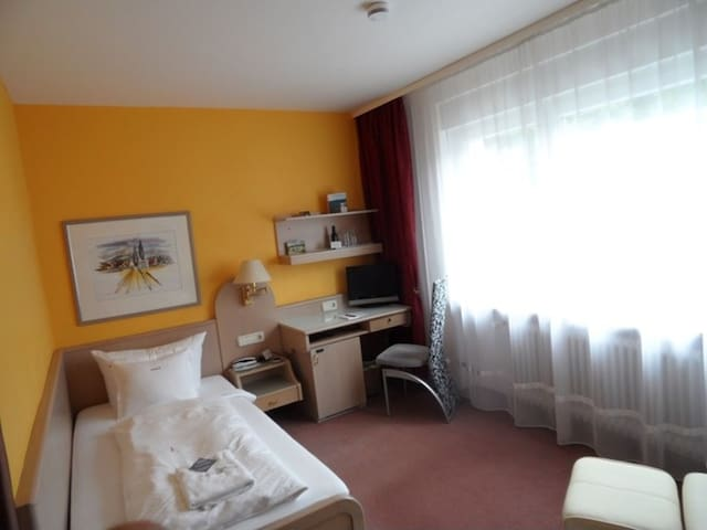 Hotel Ambiente, (Bad Bellingen), Einzelzimmer Classik