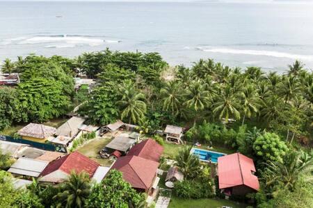 Palmbeach-Krui-Surf