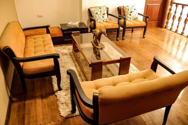 Alquiler de habitaciones 4 personas *Paseo del Rio
