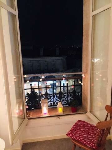 Une fenêtre sur la ville