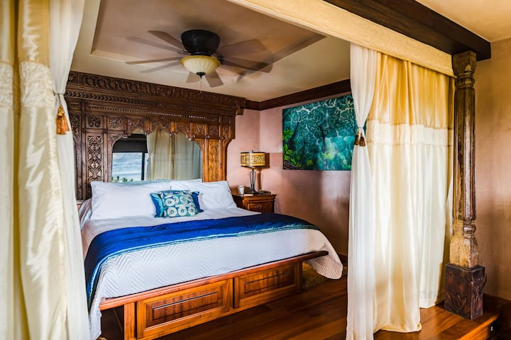 Master bedroom on main level, king bed, private ensuite bathroom
