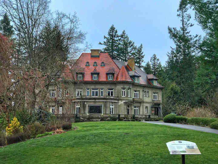 The Pittock Mansion is stunning