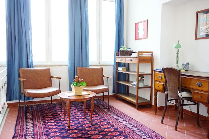Sunny & Spacious Apartment in the Heart of Lucca
