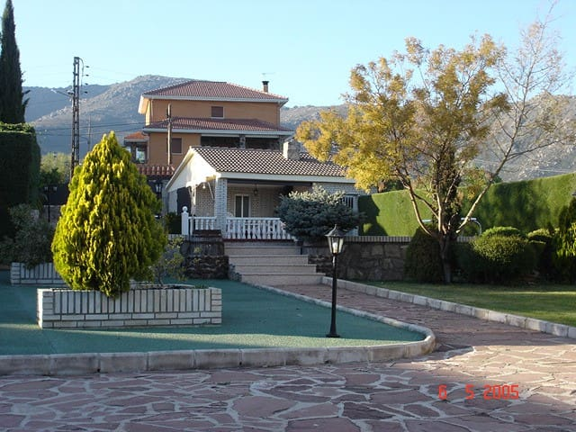 Spaanse cultuur - Becerril de la Sierra - Vila