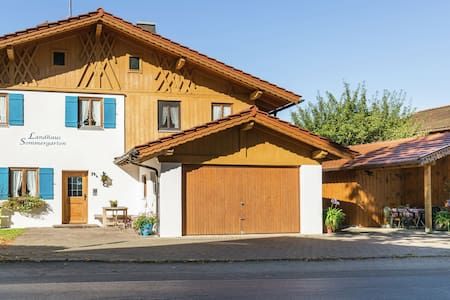 Stunning Holiday Home in Bad Bayersoien near Ski Area