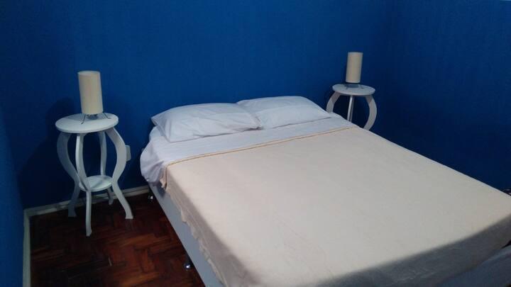 FogGuestHouse (quarto azul)