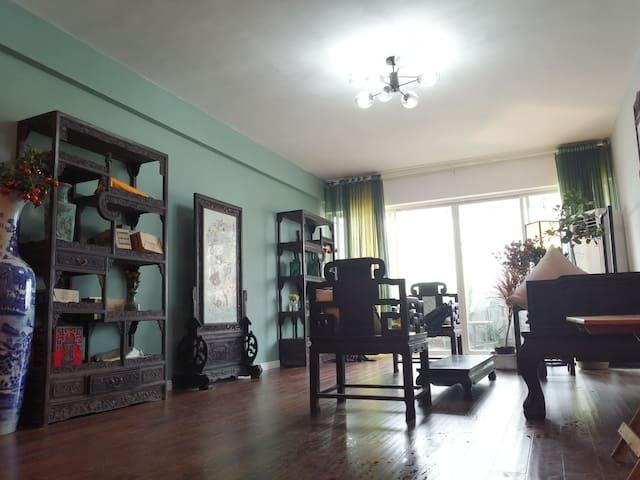 桂平市拾光民宿套房