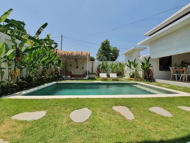 Villa Soul Bali Room 1 w/ pool in Eco-Beach Canggu