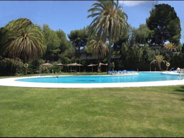 Apartamento en Nueva Andalucia (Puerto Banus)
