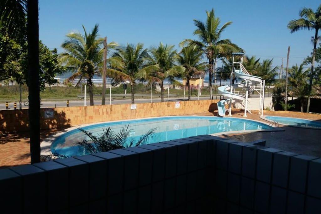 Apartamento frente para o mar na Praia de Boracéia