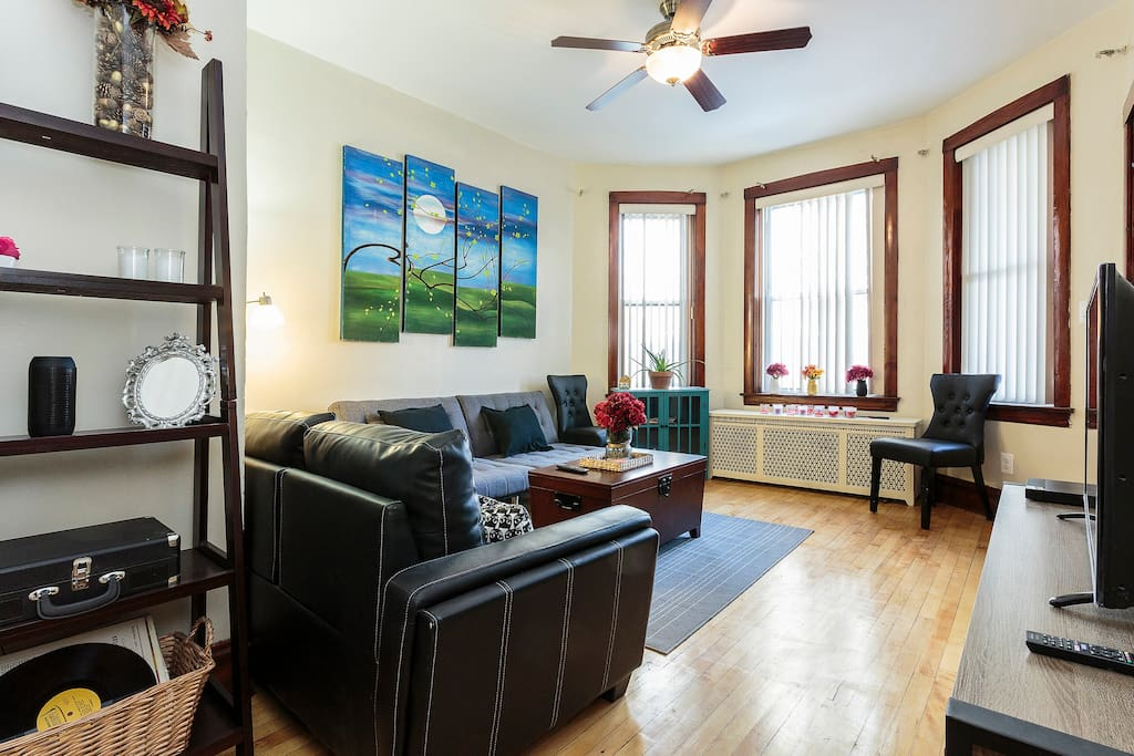 blocks from train apartments for rent in chicago illinois united