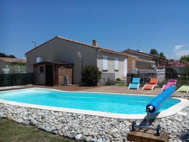 Maison avec piscine privée en Drôme provençale