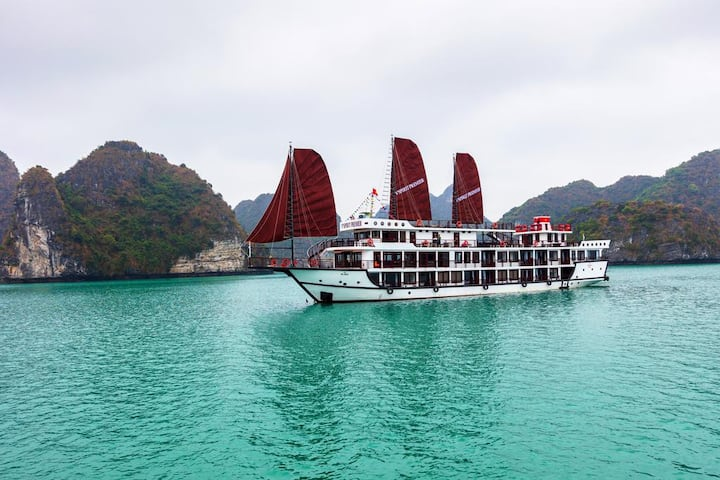 2D/1N trip to Lan Ha bay - Luxury cruise