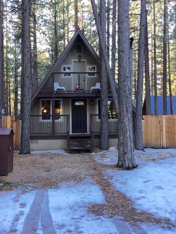 Cozy Ski Chalet - South Lake Tahoe - House
