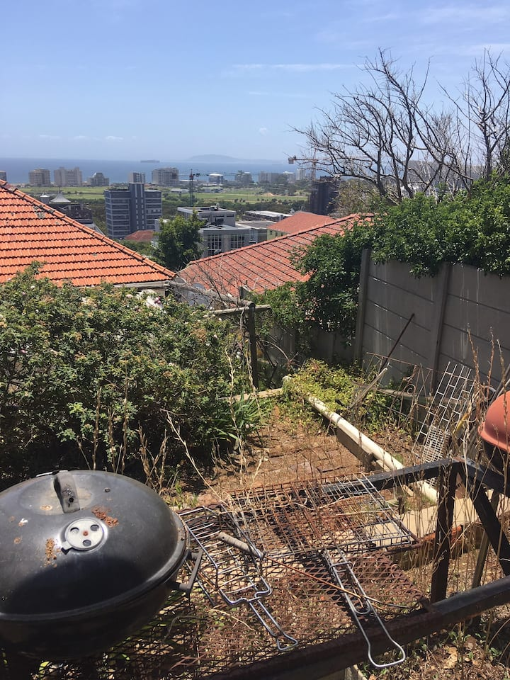 Relax and enjoyable Cape Town garden flat