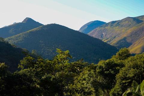 Charmoso e aconchegante Chalé no Vale das Videiras
