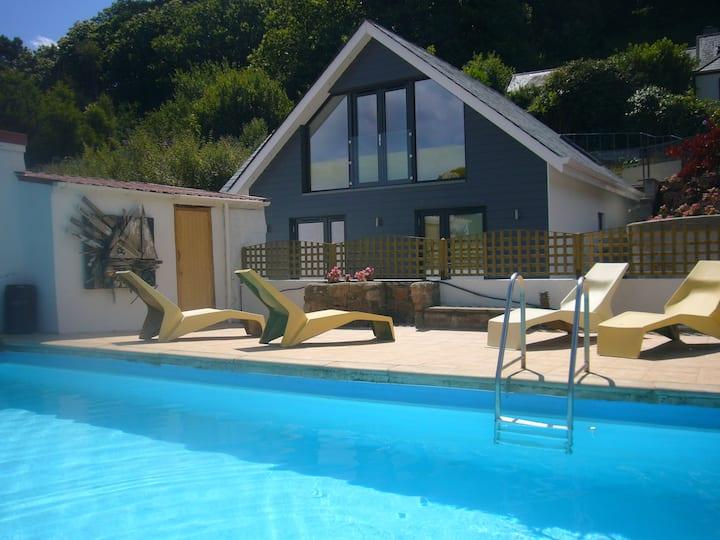 Undercliff Poolside Villa