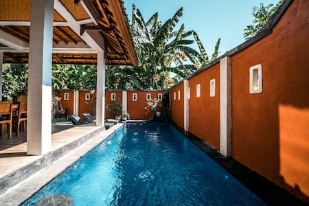 NYUH Lovina Private Villa Two