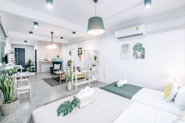 THONGLOR HOUSE 3 MiN to BTS& Night market