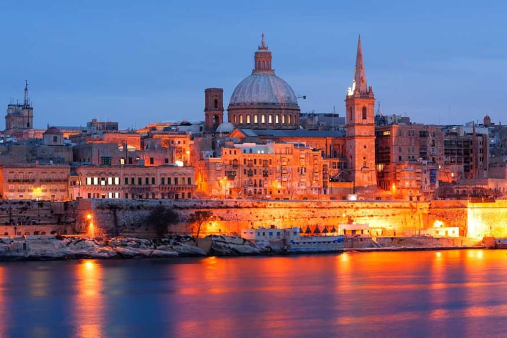 Valletta skyline at night