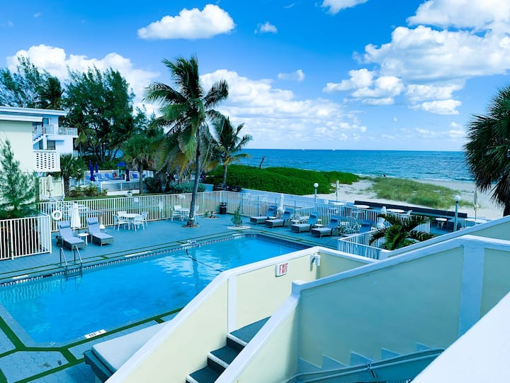 Small Beach Hotel in Pompano Beach area!