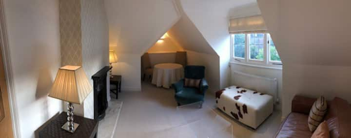 Luxury 2 bedroom flat nr Tunbridge Wells Pantiles