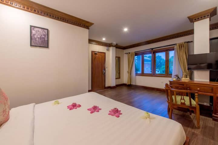 Siem Reap Pub Street Double Room