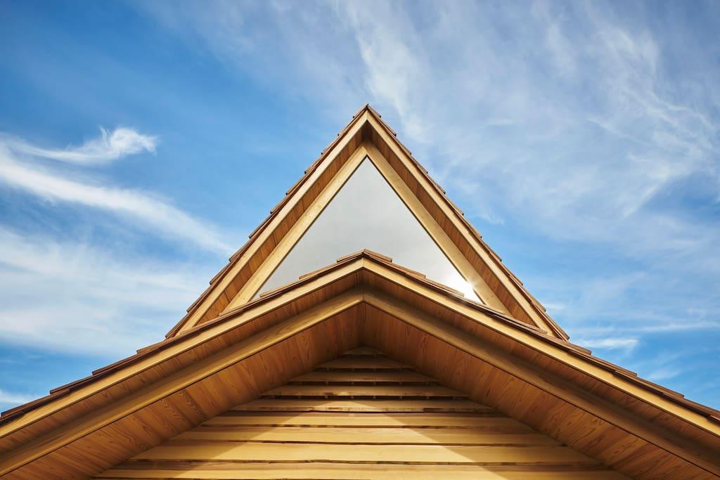 吉野杉の家・大和棟(屋根)